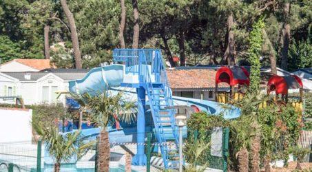 piscine avec toboggan camping les grenettes