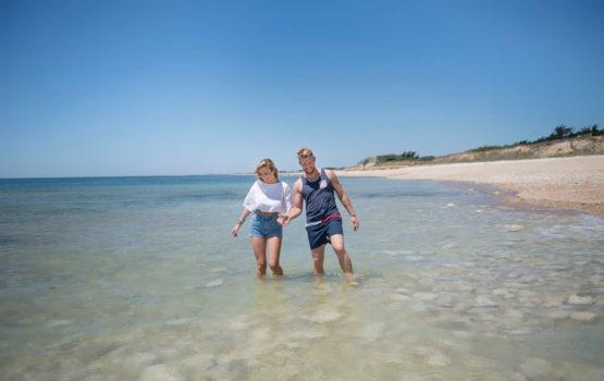 profiter de la plage camping les grenettes
