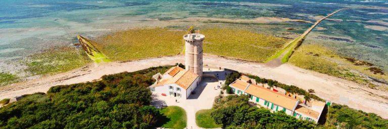 le phare des baleines sur l'île de ré